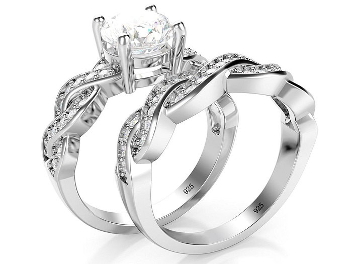 How to Make Your Sterling Silver Rings Look Like New – 2021 Guide post thumbnail image